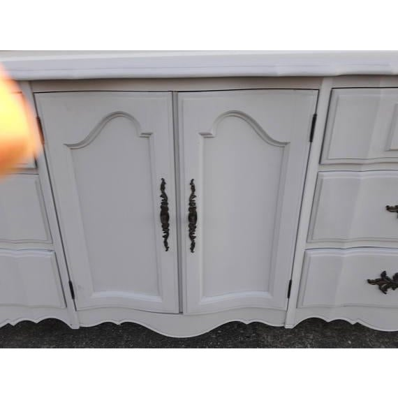 French Provincial Farmhouse Style Gray Lowboy Sideboard - Image 6 of 8