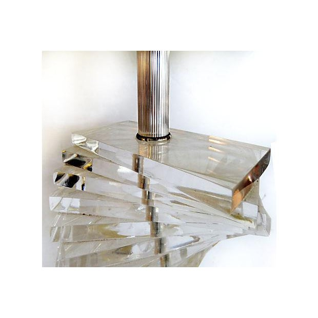 Image of Mid-Century Modern Spiral Lucite Table Lamp