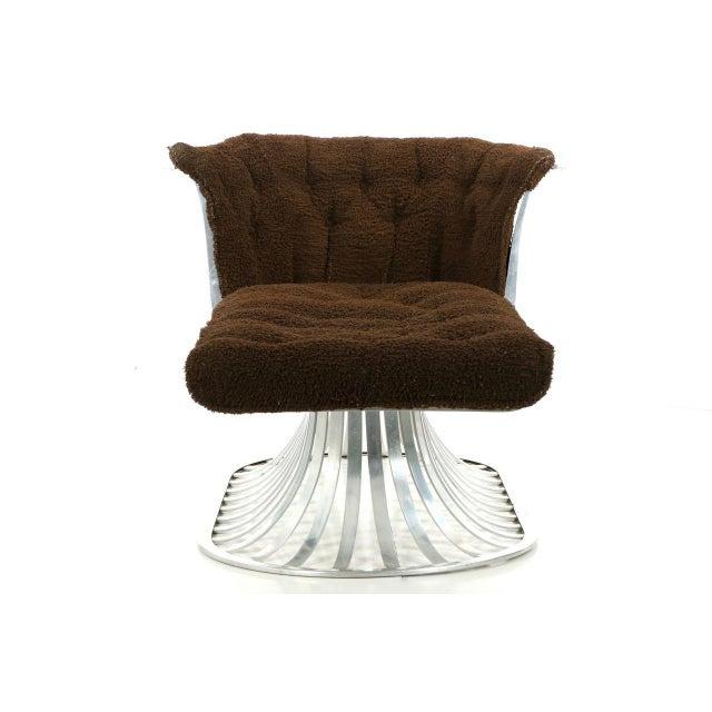 Circa 1960 Russell Woodard Mid-Century Aluminum Chaise Lounge - Image 4 of 11