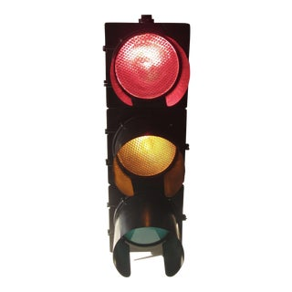 Hanging Traffic Signal Accent Light