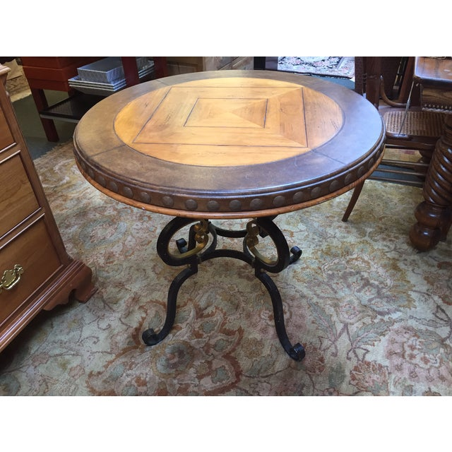 Henredon Highlands Leather Top Round End Table - Image 4 of 10