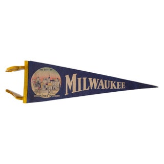 Milwaukee Diversified Vintage Felt Flag