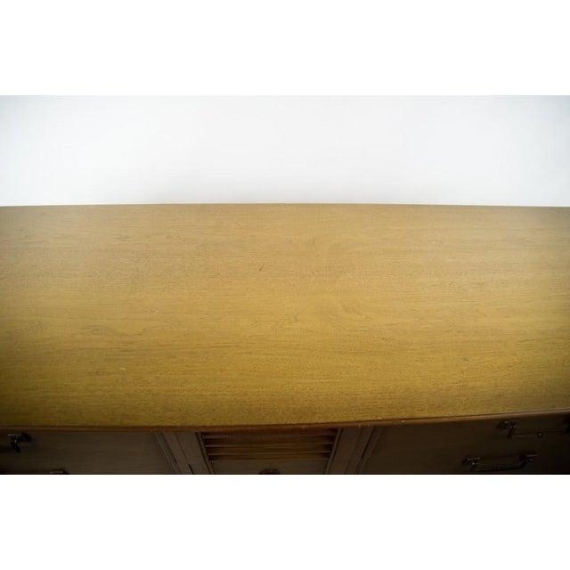 Blonde Drexel Sirocco Bedroom Dresser - Image 4 of 11
