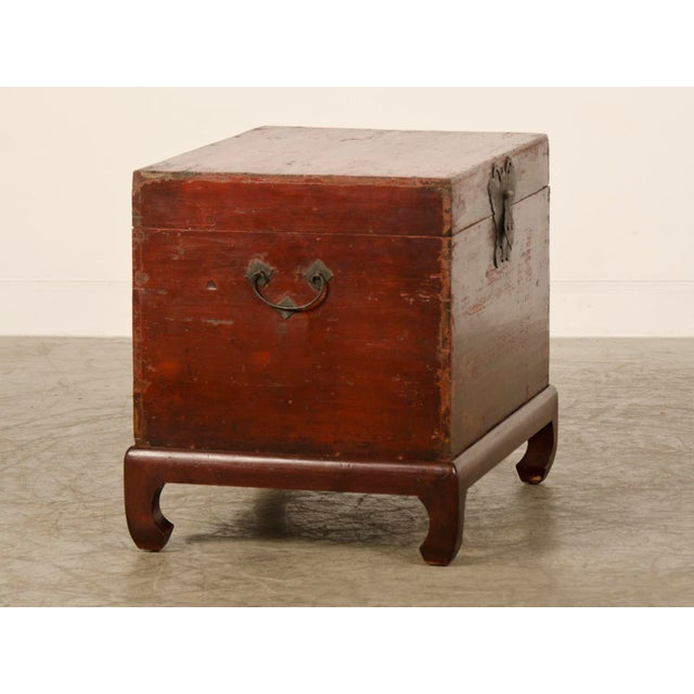 Red Lacquer Antique Chinese Trunk Kuang Hsu Period circa 1875 - Image 5 of 11