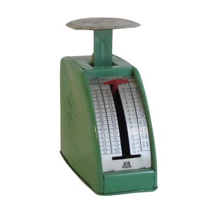 Vintage British Green Mail Scale