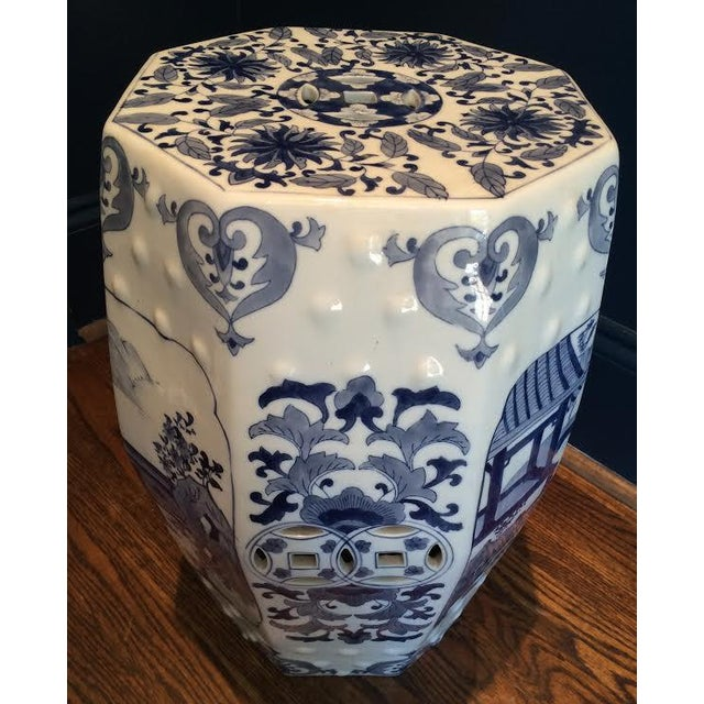 Chinoiserie Blue and White 8 Sided Garden Stool - Image 4 of 4