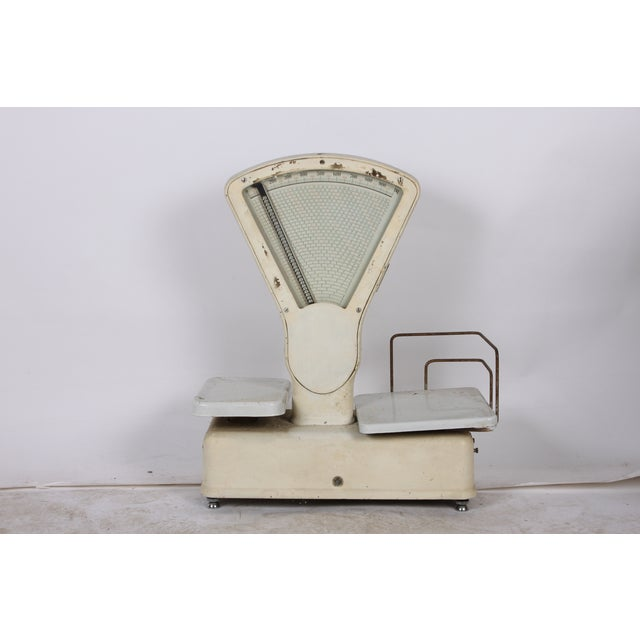 Vintage White General Store Scale - Image 3 of 4