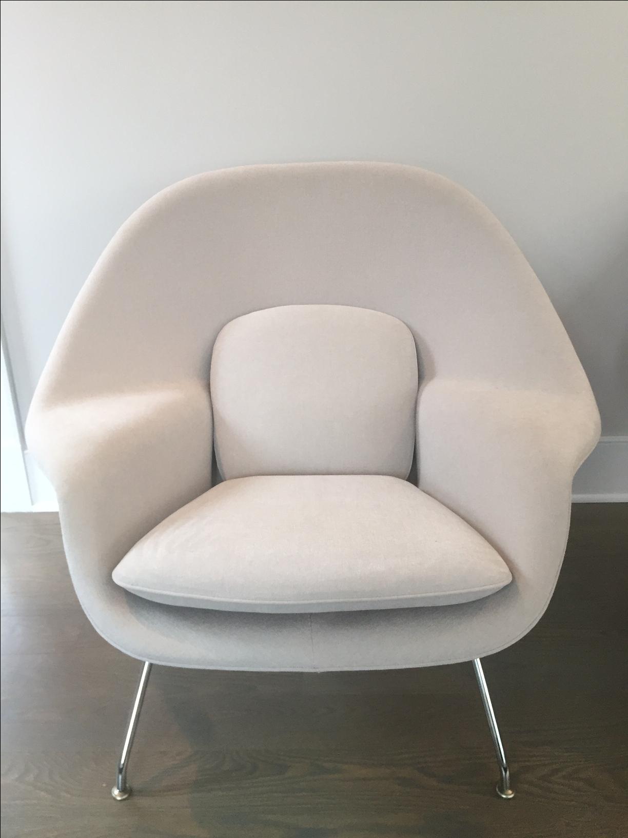 Gray Eero Saarinen Womb Chairs   A Pair   Image 4 Of 11