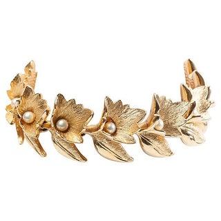 Faux-Pearl Leaf Motif Bracelet