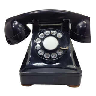 Black WE Model 302 Telephone 1937 Metal Base