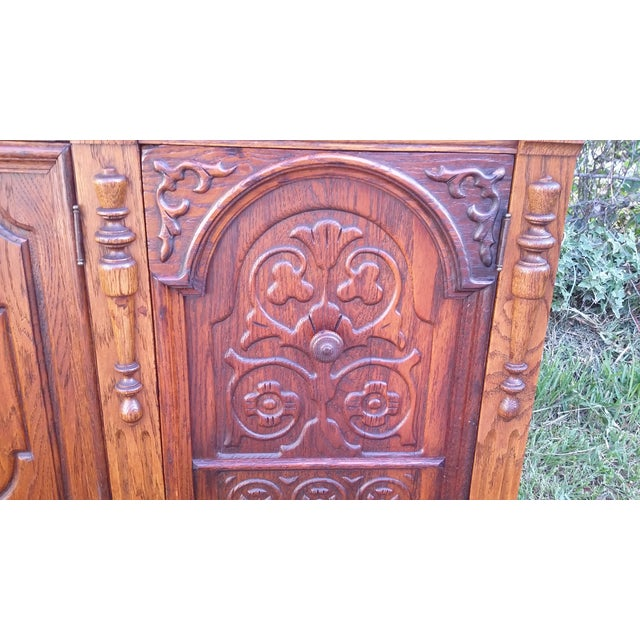 Image of Oak Jacobean Server