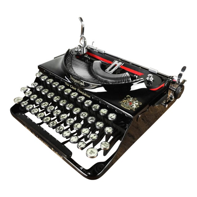 Image of 1930s Imperial 'Good Companion' Refurbished Portable Typewriter