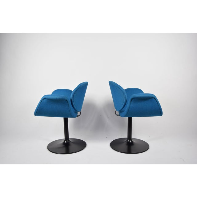 Pair of Little Tulip Chairs by Pierre Paulin for Artifort - Image 3 of 10