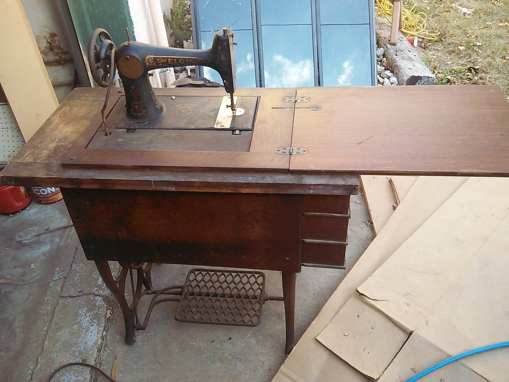 elgin sewing machine