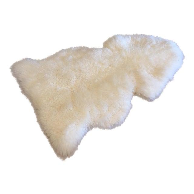 """Image of Vintage New Zealand Sheepskin Rug - 2'6"""" x 3'7"""""""