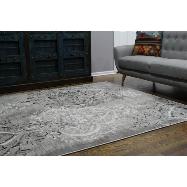 "Damask Gray & White Rug- 6'7"" x 9'7"" - Image 5 of 7"