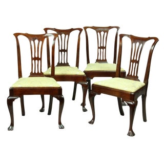 Set of Four Fine Mahogany Queen Anne Side Chairs with Open Splat