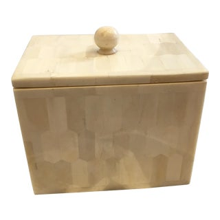 Pigeon and Poddle Ivory Bone Box