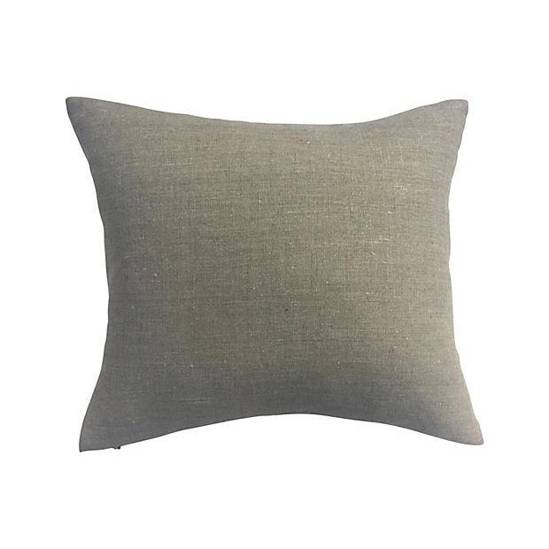 English Coat of Arms Pillow - Image 5 of 5