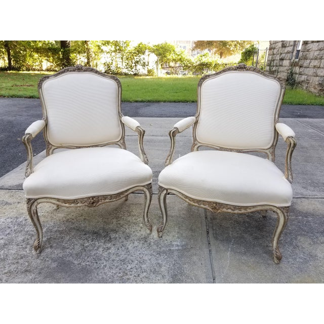 Vintage French Louis XV Style Armchairs - a Pair - Image 11 of 11
