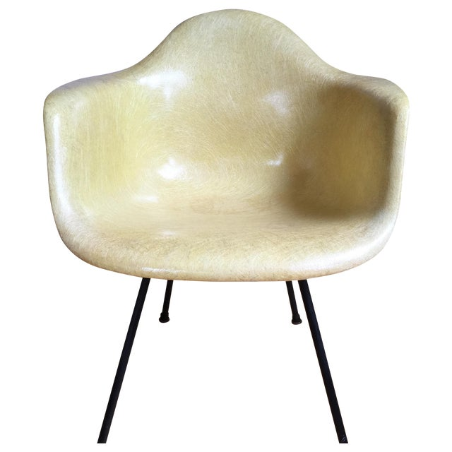 Image of Eames 1st Generation Rope Edge Shell Chair