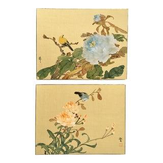 Chinese Bird Paintings On Silk - A Pair