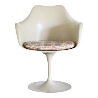 Knoll Tulip Arm Chair by Eero Saarinen
