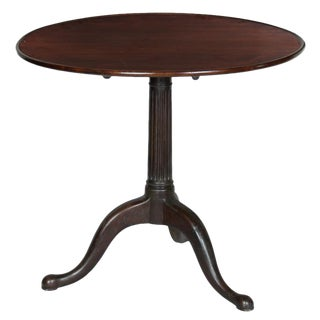 Dishtop Chippendale Tilt Top Table with Reeded Column