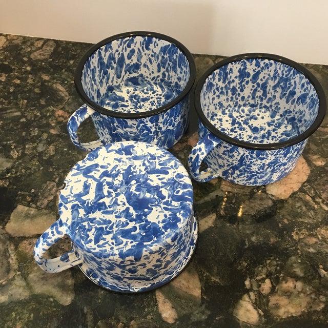 Enamel Spatterware Mugs - Set of 3 - Image 4 of 10