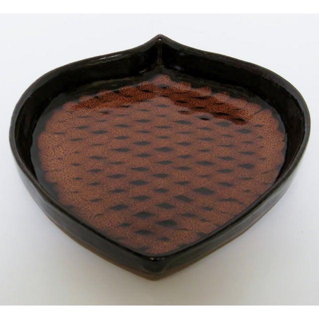Pine Cone-Shaped Ceramic Dish - Image 3 of 8