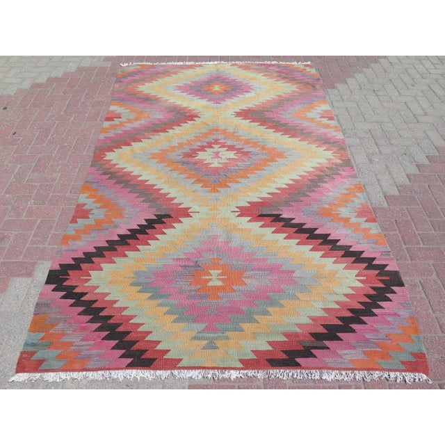 "Vintage Turkish Kilim Rug - 5'9"" X 9'3"" - Image 2 of 11"