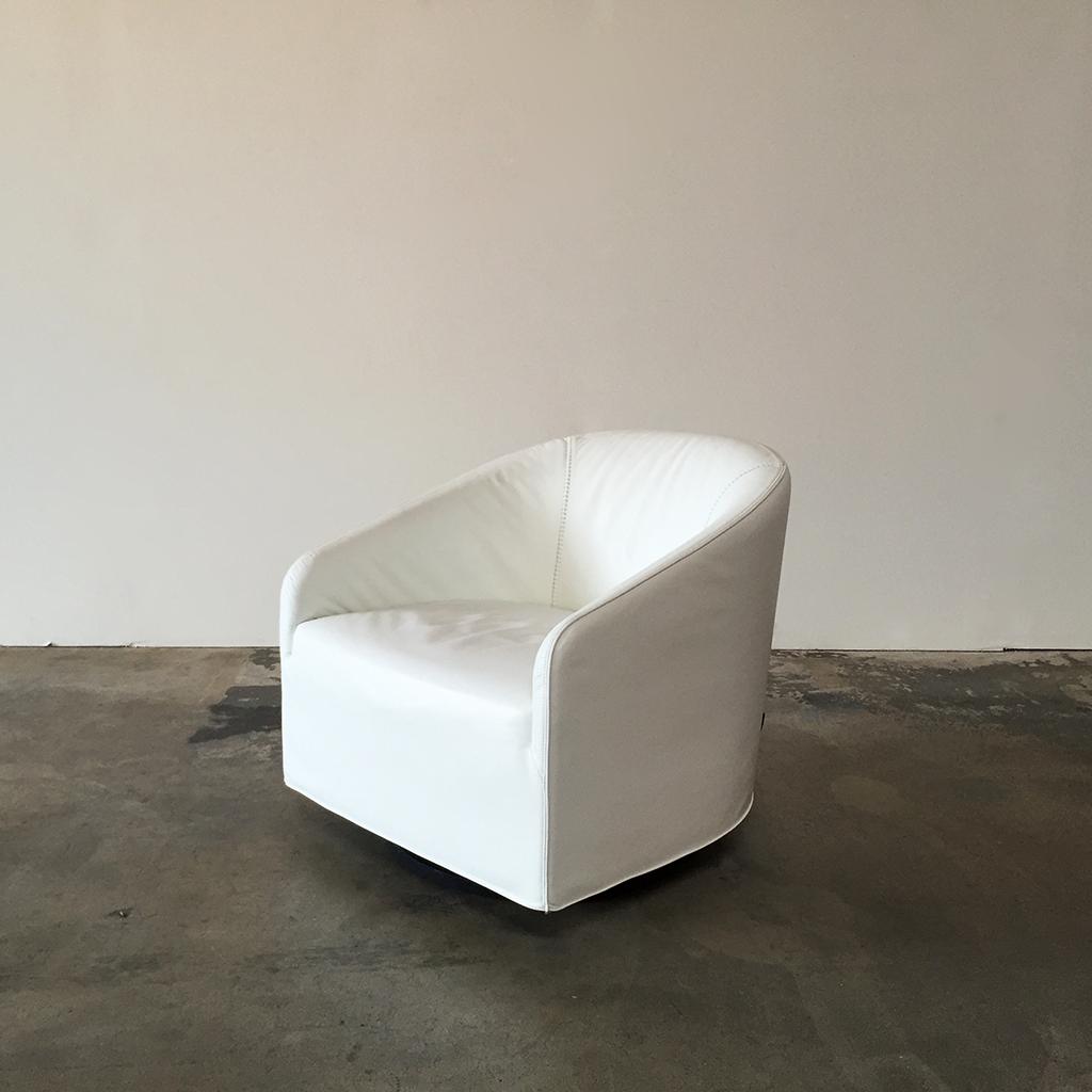 Minotti Portofino Lounge Chairs   2   Image 3 Of 8