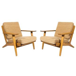 Pair of Hans Wegner GE-290 Lounge Chairs