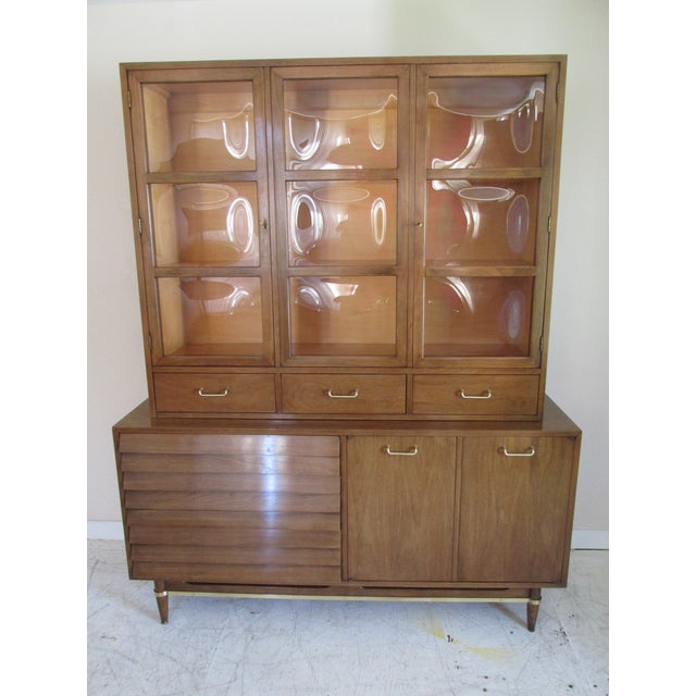 Mid-Century Modern China Cabinet by American of Martinsville - Image 2 of 11