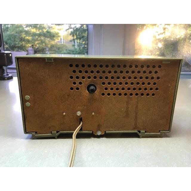 Vintage General Electric Solid State Alarm Clock Radio