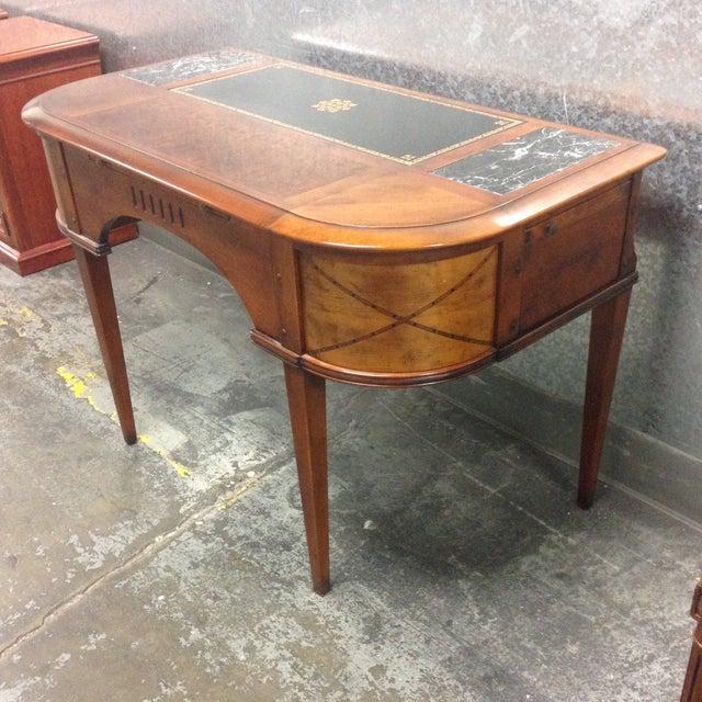 Antique Style Desk - Image 4 of 10