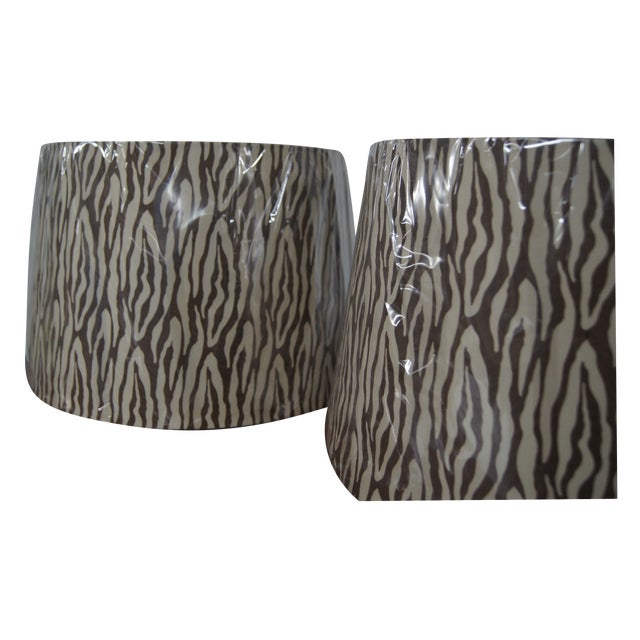 Modern Brown & Cream Patterned Lamp Shades - Image 2 of 4