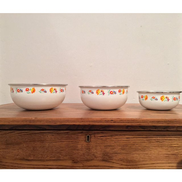 Floral Print Enamel Mixing Bowls - Set of 3 - Image 6 of 6
