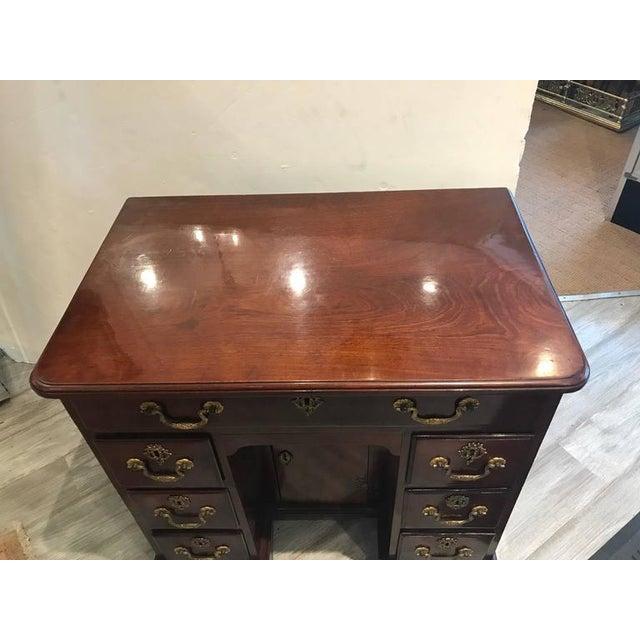 George III Mahogany Kneehole Desk - Image 2 of 6