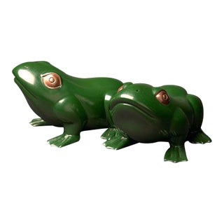Green Lacquer Frog