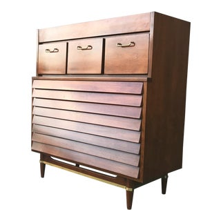 American of Martinsville Mid-Century Modern Gentlemen's Chest
