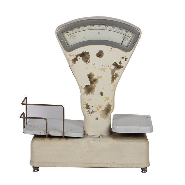 Vintage White General Store Scale - Image 1 of 4