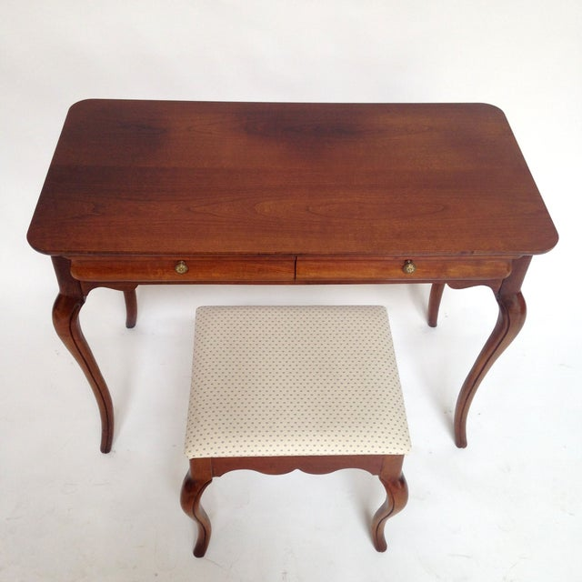 French Style Vanity Hall Table with Stool Set - Image 5 of 6