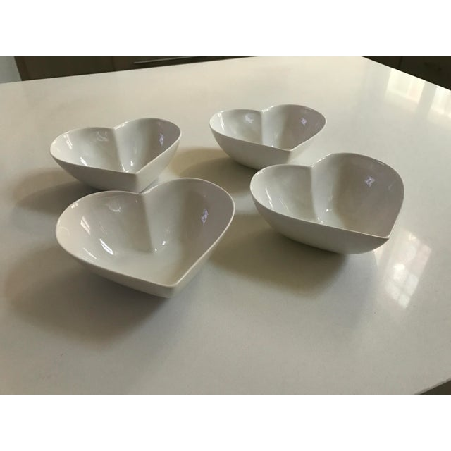 athezza home porcelain heart shaped bowls set of 4 chairish. Black Bedroom Furniture Sets. Home Design Ideas