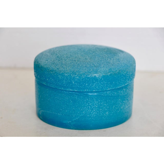 Textured Blue Opaline Glass Lidded Box - Image 2 of 5