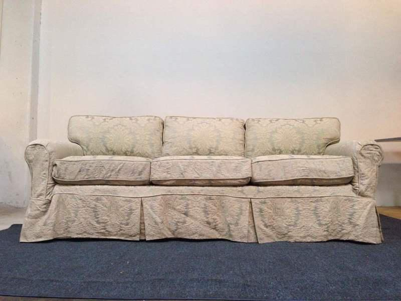 Noriega Furniture Vintage Upholstered Three Cushion Sofa