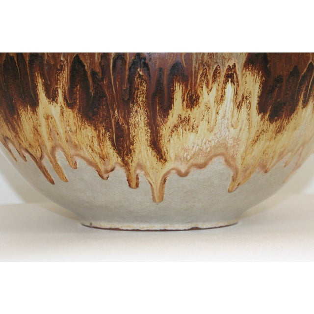 Overscale Mid-Century Raymor Pottery Lamp - Image 4 of 9