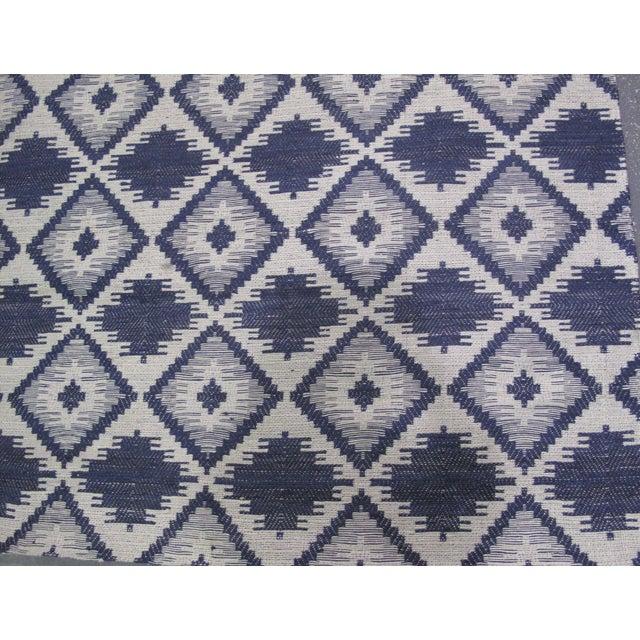 Blue/White Jacquard Indian Silk Rug - 5′1″ × 7′9″ - Image 5 of 5