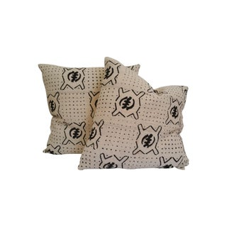 Vintage African White Mud Cloth Pillows - A Pair