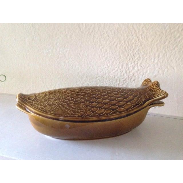 Mid century fish shaped ceramic casserole dish chairish for Fish shaped bowl